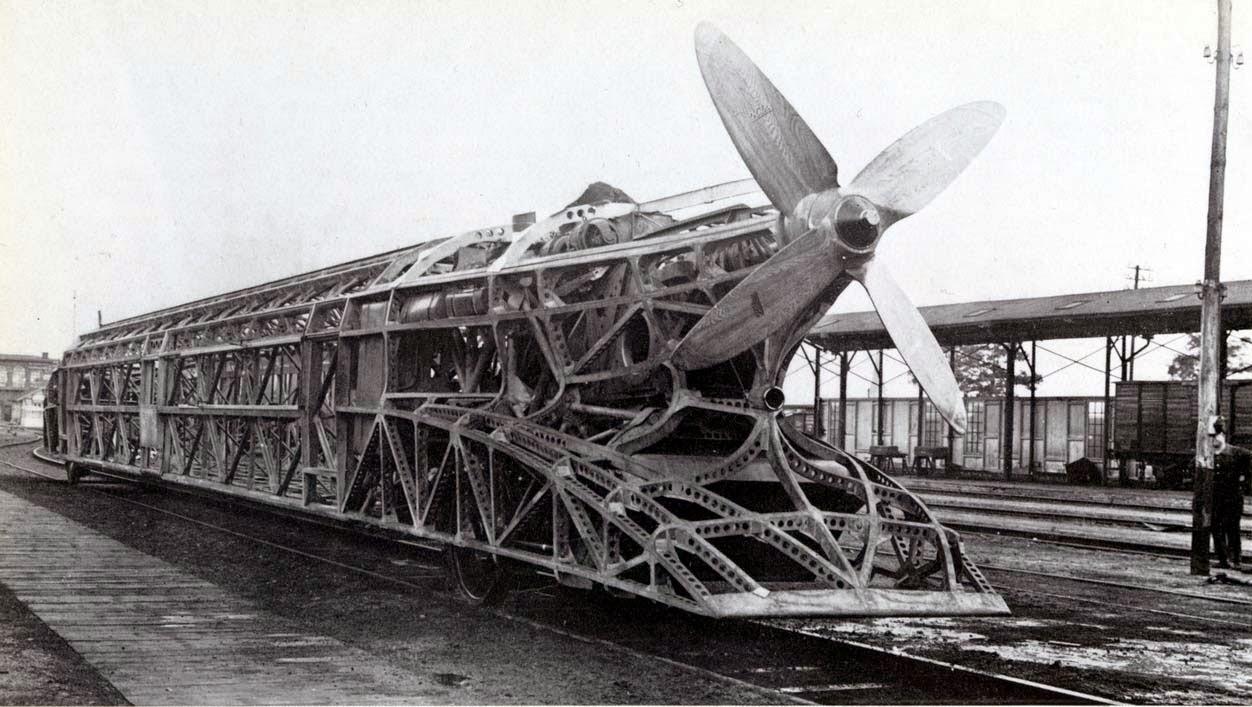 Schienenzeppelin estructura