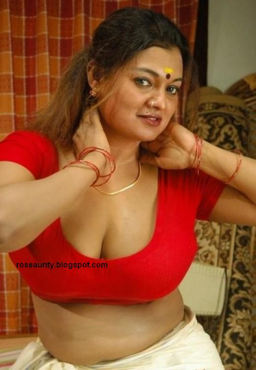 Unseen Mundu Blouse Photos of Tamil, Malayalam