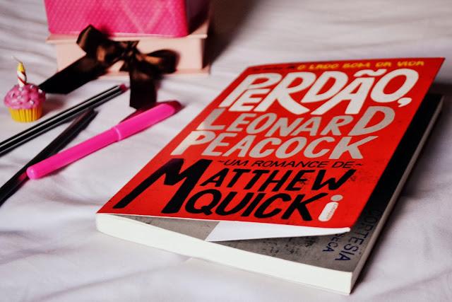 http://1.bp.blogspot.com/-x9uqkS83yWY/UqcrRNYfTXI/AAAAAAAAKxQ/4osCGV2q2lg/s1600/00-resenha-de-livro-perdao-leonard-peacock.JPG