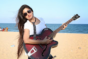 Actress Poonam Kaur latest Hot Photos at Beach-thumbnail-12
