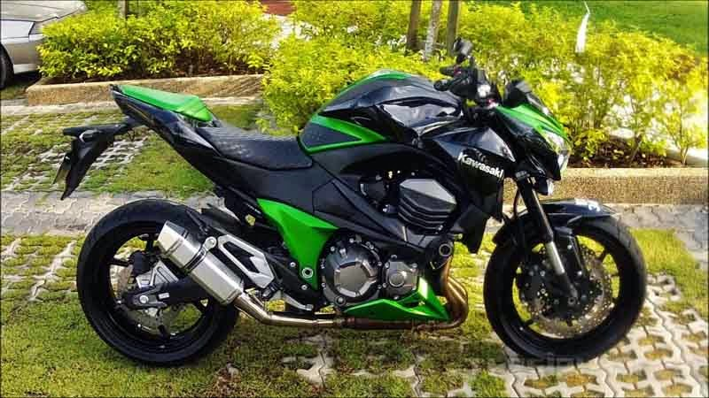 Kawasaki Z800 Green Black