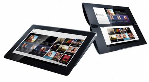 """La multinacional Sony anunció la fecha de lanzamiento de sus esperadas tabletas, S1 y S2, además de ratificar los rumores del sistema operativo que utilizarán, Android 3.1 (aunque a futuro se actualizará con la futura versión """"Ice Cream Sandwich""""). De acuerdo a funcionarios de la compañía nipona, sus dispositivos estarán disponibles desde inicios de septiembre próximo, teniendo como principal novedad la inclusión de PlayStation Suite en Sony Tablet S (S1). Entre las especificaciones más relevantes de estas gadgets, encontramos una pantalla de 9,4 pulgadas y dos cámaras de 3 y 5 megapíxeles (una frontal y otra trasera), en el caso"""