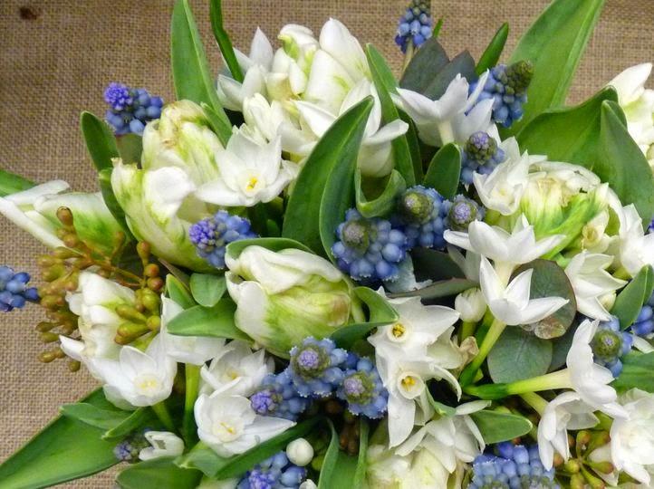Wedding bouquet ideas ideas of spring wedding bouquets spring wedding flowers season mightylinksfo