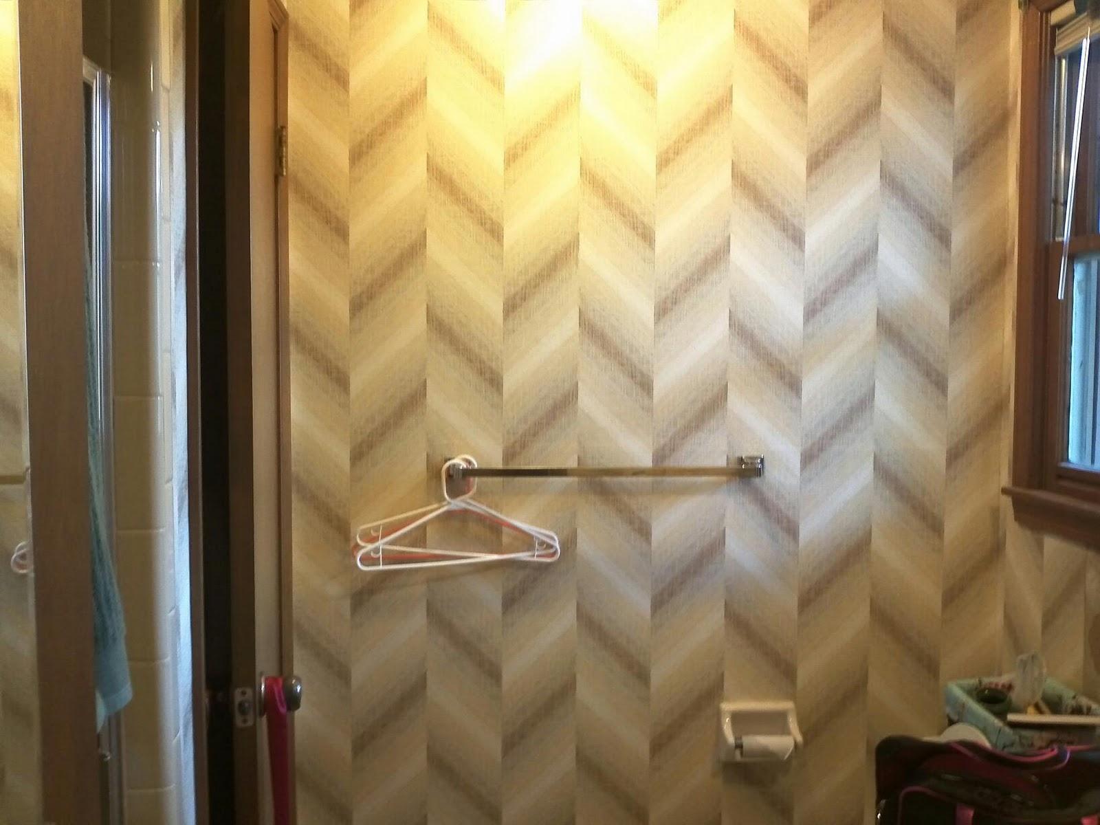 http://1.bp.blogspot.com/-xASwS0tyACw/TtL0gbK4vNI/AAAAAAAABqs/kBn6gnNueZI/s1600/bathroom-wallpaper.jpg