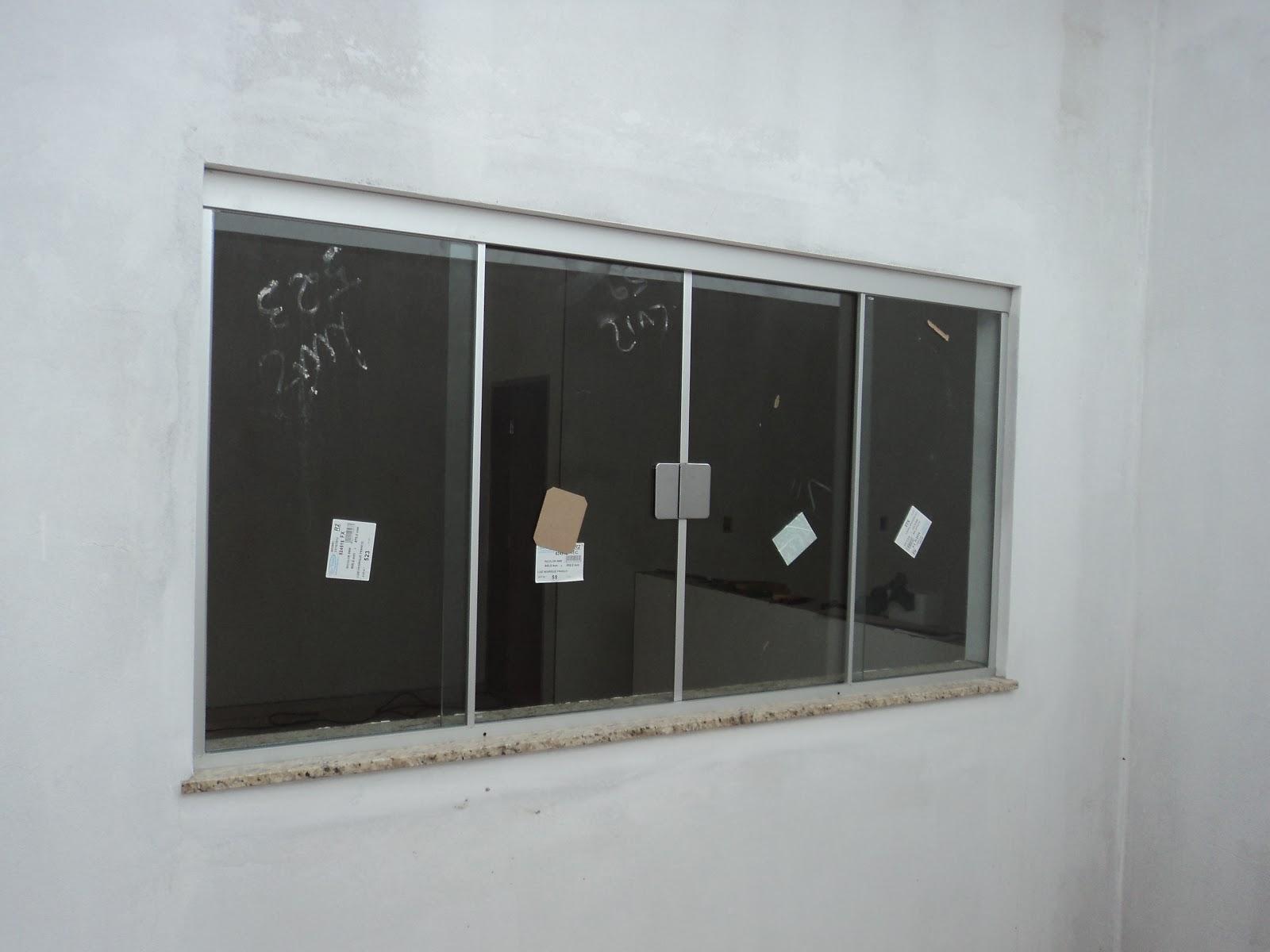 #5F696C FRANCO VIDROS TEMPERADOS: Obra em Campos Novos Paulista 220 Janelas De Vidro Para Cozinha