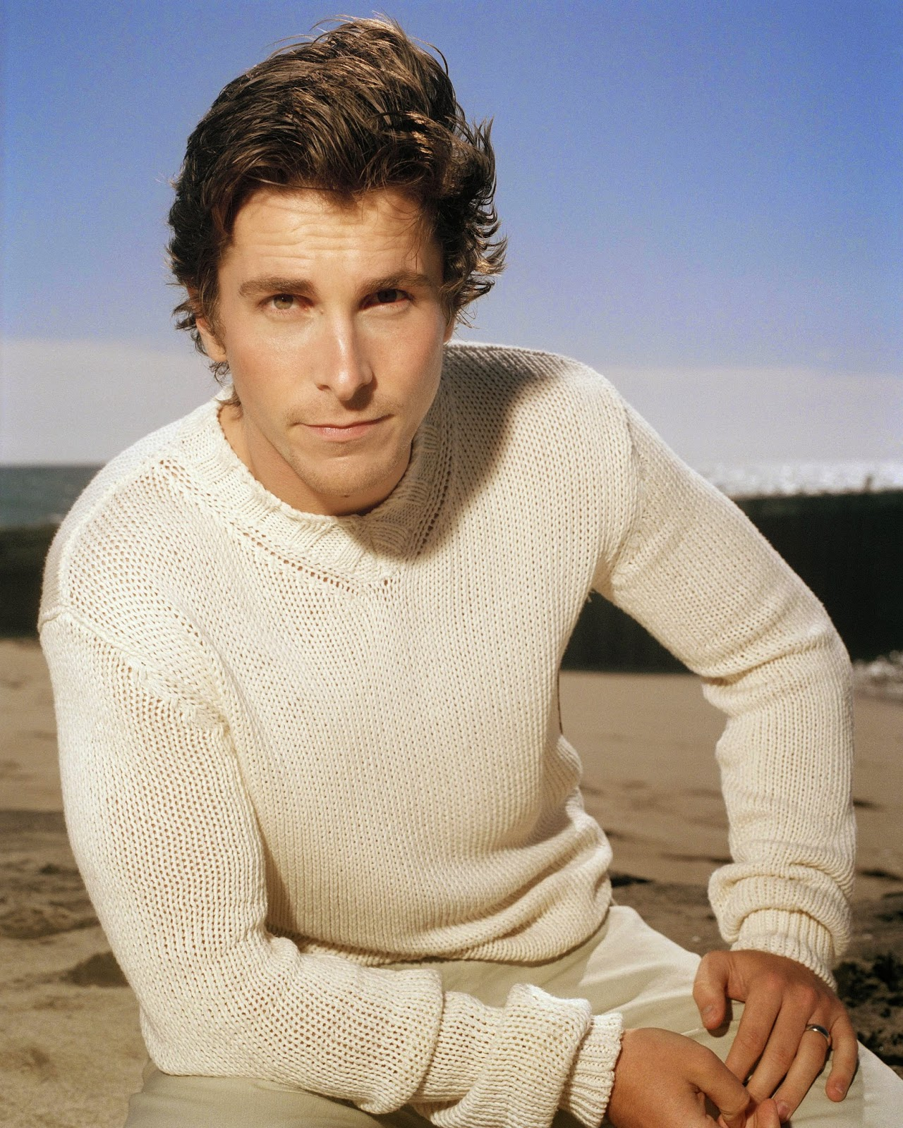 pull-tricot-christian-bale
