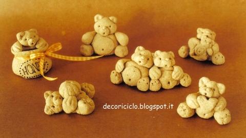orsetti di pasta di legno sono fatti di pasta di legno ovvero un mix ...