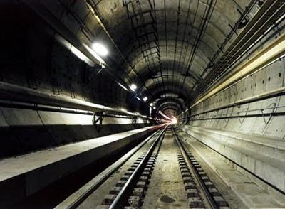 Terowongan%2BChannel