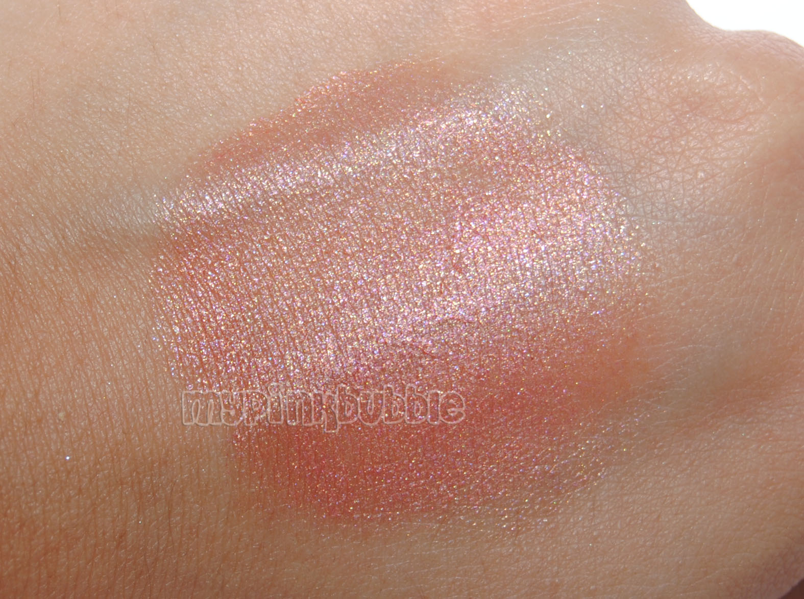 Isadora Twist-up blush 89 Sunset in rio swatch