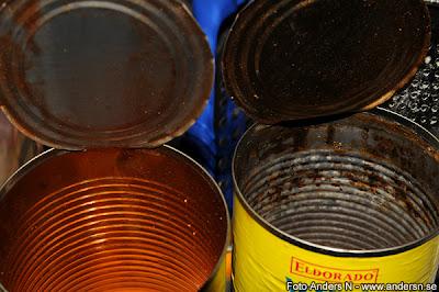 konservburk, konserv, konservburkar, konserver, rostig, rostiga, äcklig, äckliga, tin can, rusted