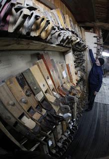 PELBAGAI jenis ketam yang terdapat di dalam muzium milik Islentyev.