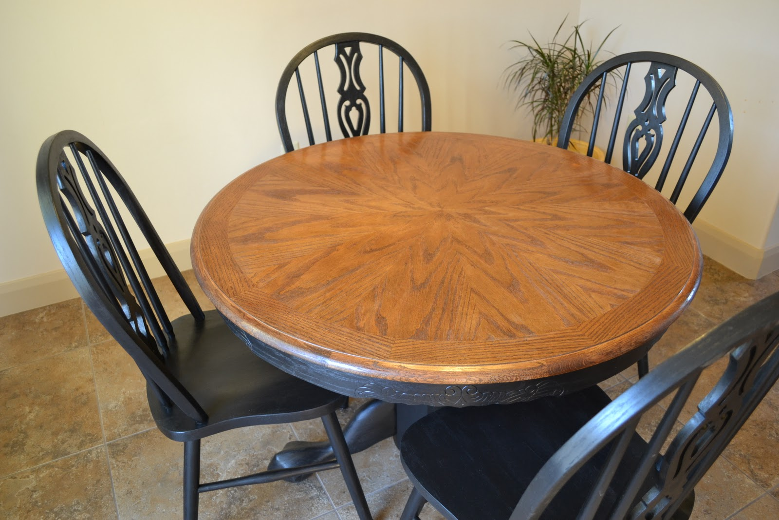 Craftaphile: Refinished Table And Chairs. Full resolution‎  portraiture, nominally Width 1600 Height 1067 pixels, portraiture with #976134.
