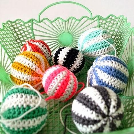 DIY crochet balls