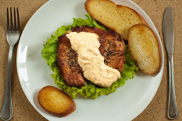 Жареная телятина с перцем на коньяке