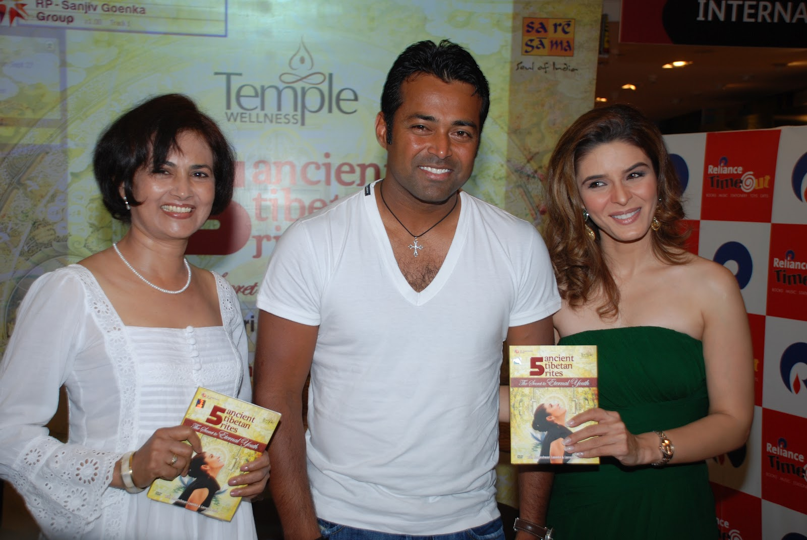 Want to Look as Hot as Raageshwari Loomba & Leander Paes? Follow ...