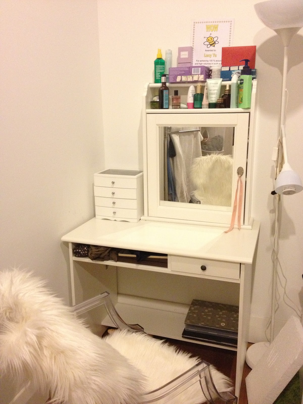 Queen lucii my diy budget vanity dressing table with ikea - Decoratie dressing ...