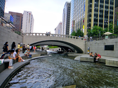 Cheonggyecheon Stream in the middle of Seoul