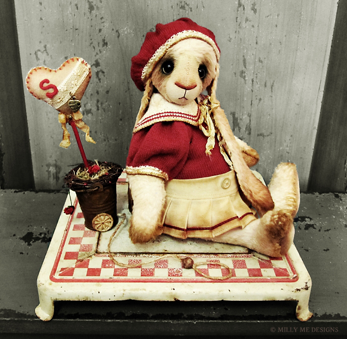 viscose rabbit, miniature knitting