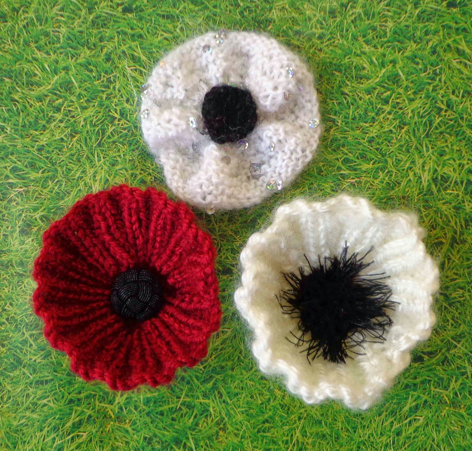 Easy Knitting Patterns For Baby Booties : Hippystitch: Round Rib or Knit Poppy Pattern