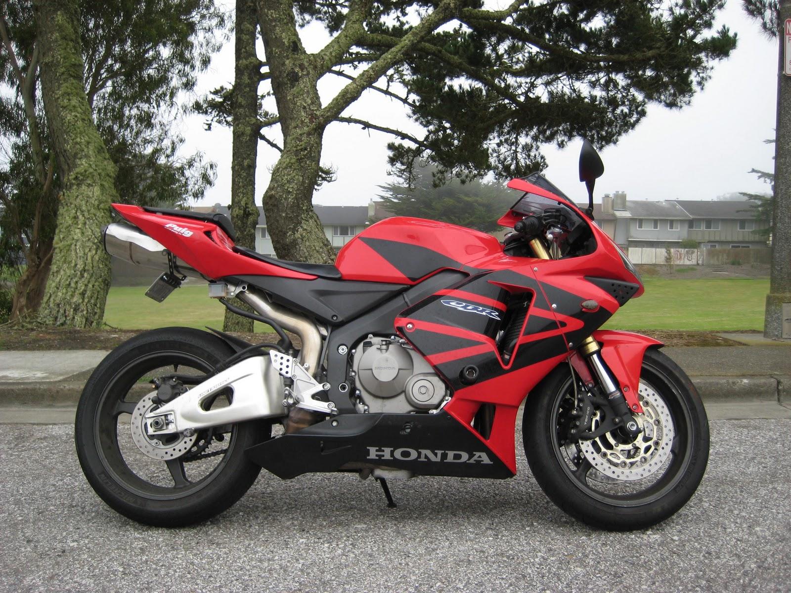 Monsterbiker01 2005 Honda Cbr600rr