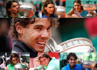 El tenista mallorquín con sus siete trofeos de Roland Garros
