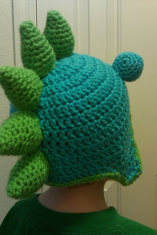 Free Crochet Pattern For Dinosaur Beanie : Crafty BLT: Crochet Dinosaur Beanie Pattern