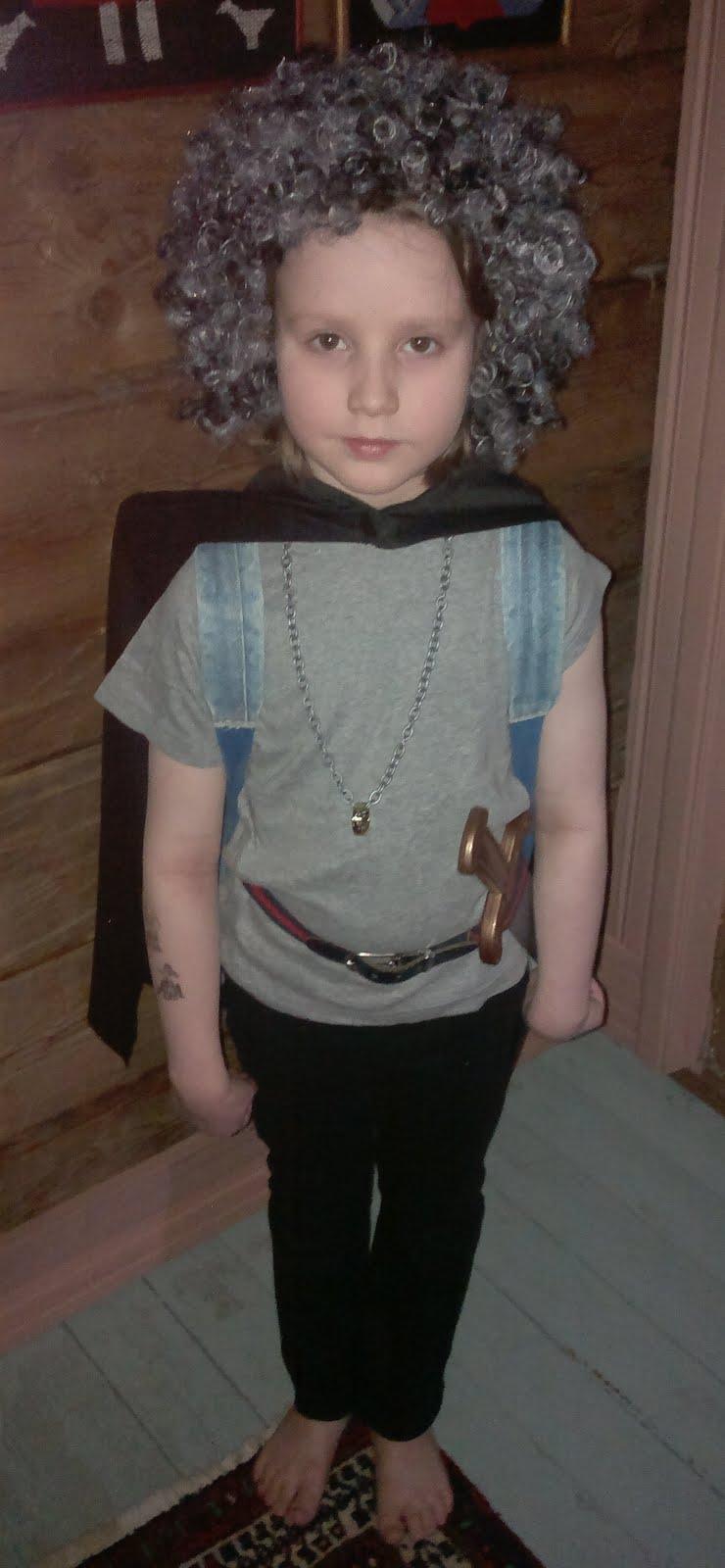 Frodo-hobitti valmiina seikkaluihin!