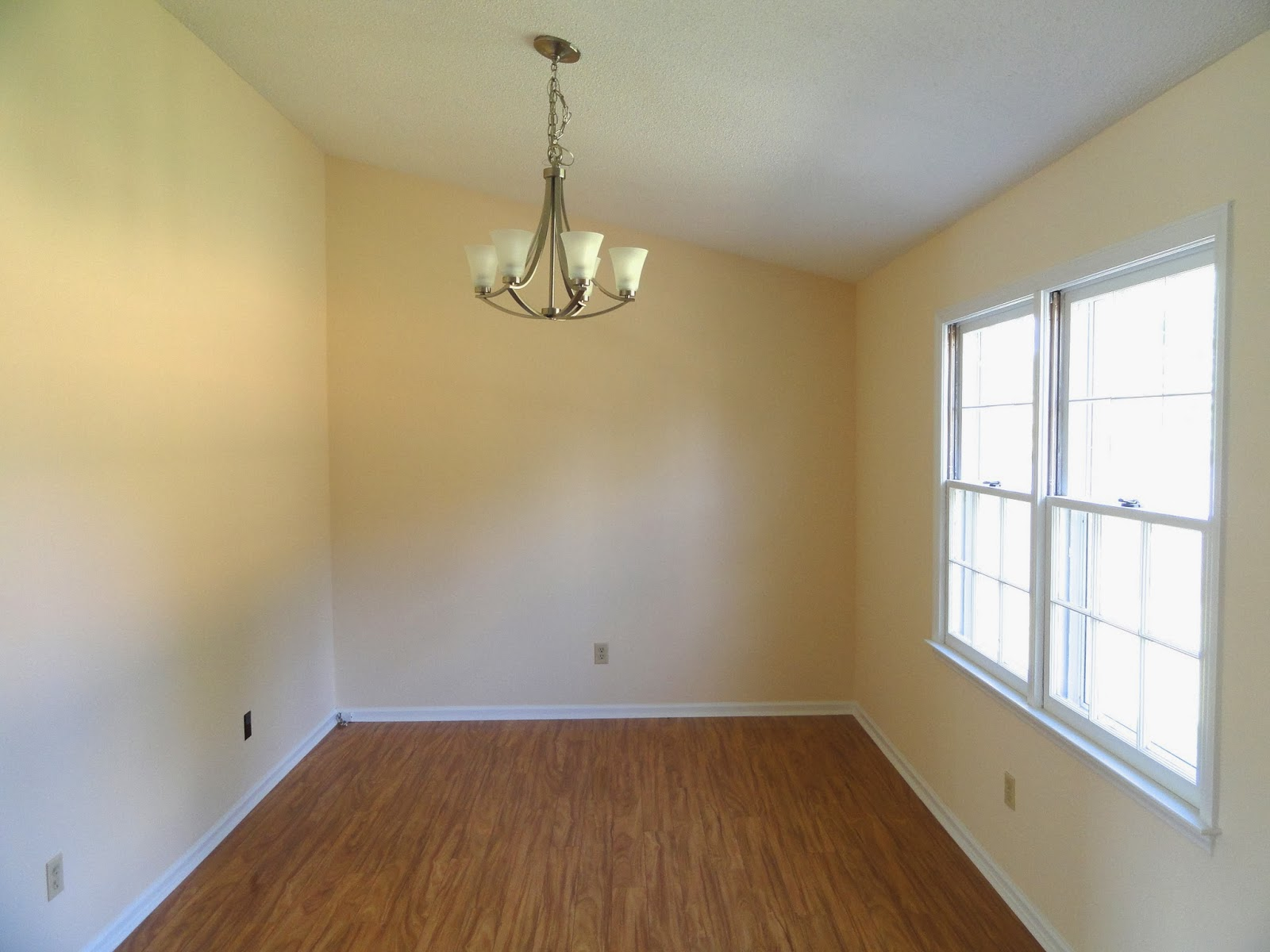 Jacksonville north carolina real estate move in ready for Hardwood floors jacksonville nc