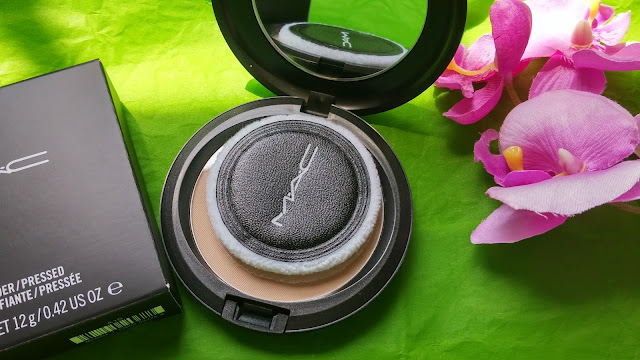 MAC cipria opacizzante in Medium Dark