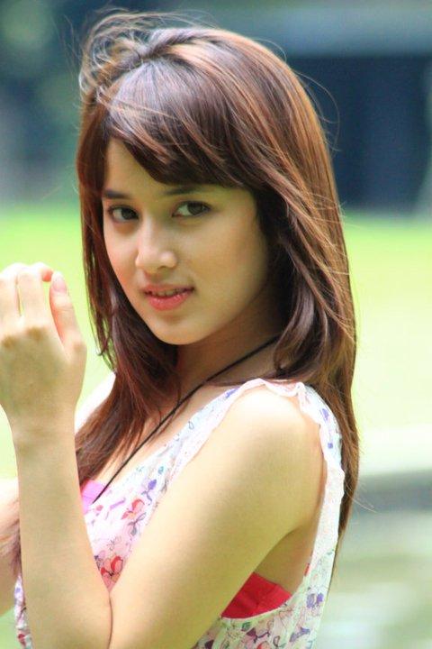 semewew foto cantik rosiana barbie artis cantik abg asian beautiful girl