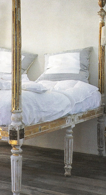 Côté Sud, Dec 04-Jan 04 painted wood bed, white linens edited by lb for linenandlavender.net