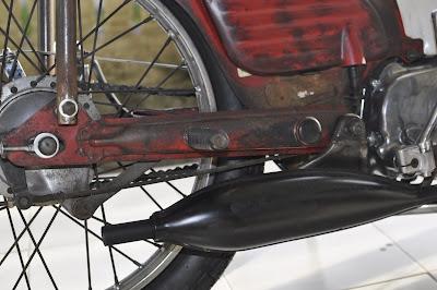 CRAZE #011 HONDA C70 black short muffler finish