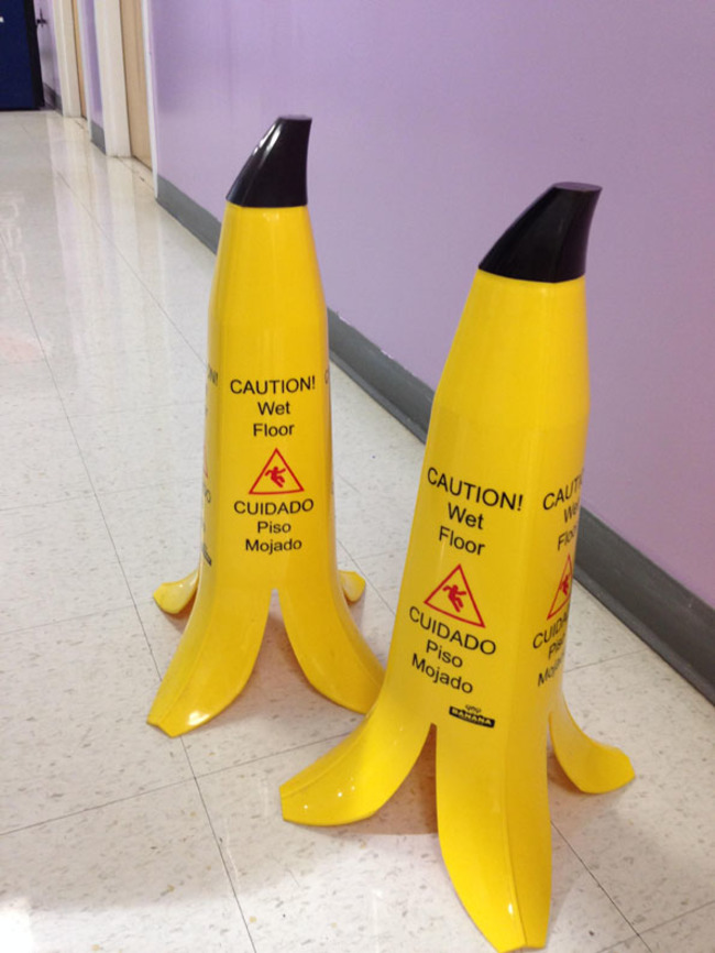 30 Insanely Clever Innovations That Need To Be Everywhere Already - Caution signs that are funny.