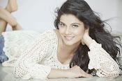 Manisha shri latest glamorous photos-thumbnail-35