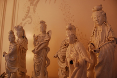 Chinoiserie chic bland de chine for Mural de chine