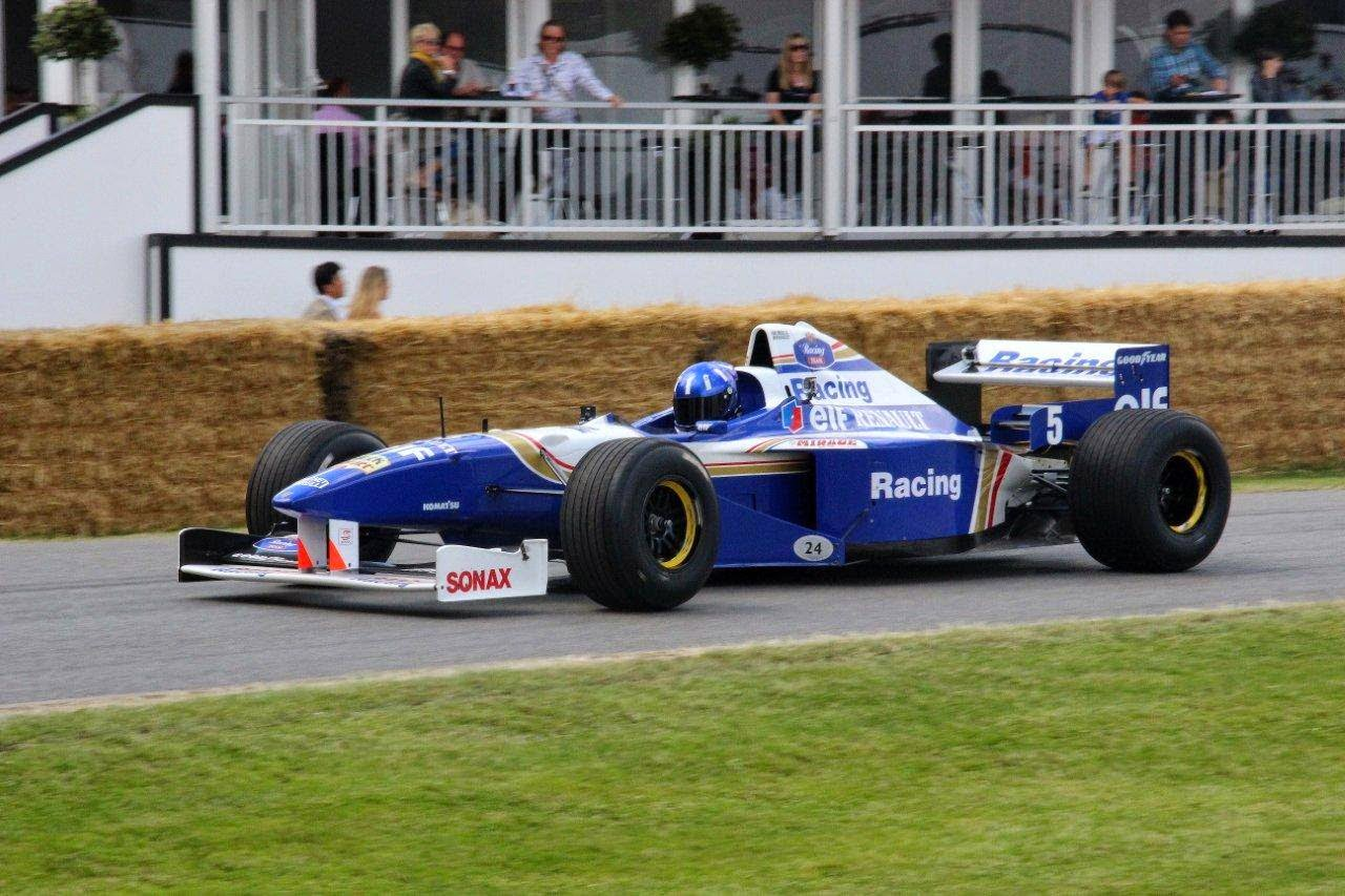 Damon Hill in the FW18 at Goodwood