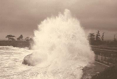A furious tide