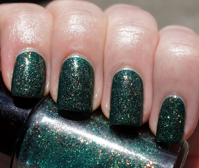 nailpolish Cult Nails Toxic Seaweed Butter London British Racong Green
