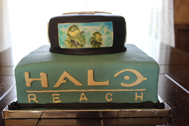 Luscious Confections Halo Cake