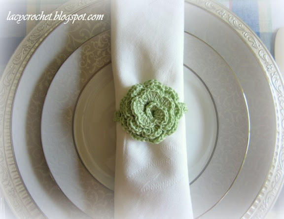 crochet flower napkin ring