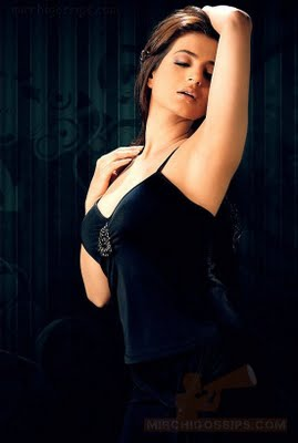 Bollywood Actress Amisha Patel Photos Latest Updates 2011