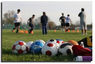 Tips Latihan Meningkatkan Kecepatan dan Daya Tahan Tubuh Saat Bermain Sepakbola
