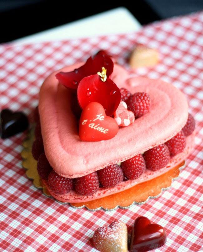 valentine's day macaron, heart macaron