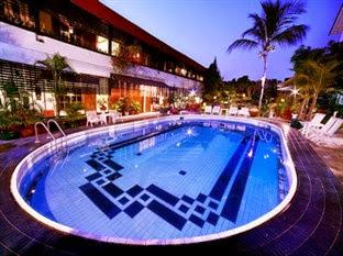 Hotel Murah Dagen - Peti Mas Hotel