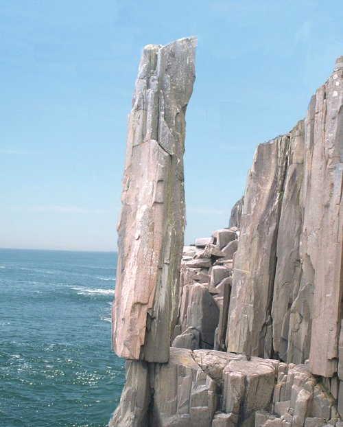 Fenomena Alami Keseimbangan Batu Terbaik di Dunia