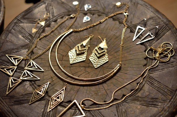 CLAIRES-ACCESSORIES-JEWELLERY