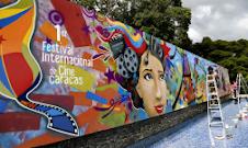 En fotos: Pintan mural del Festival Internacional de Cine de Caracas