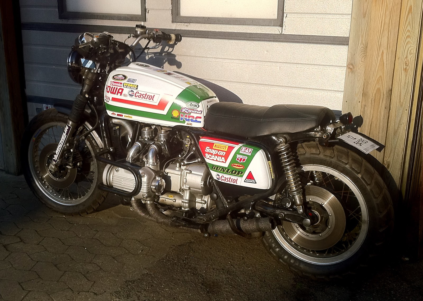 1000 Goldwing 1977 Honda+Goldwing+Castrol+1976%252C+2