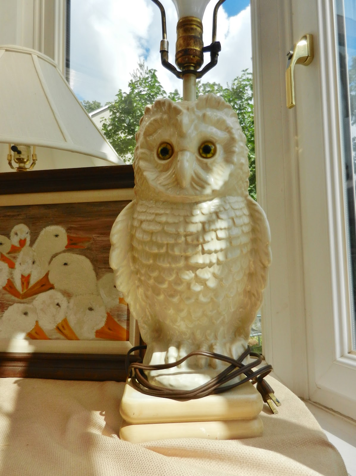 Vintage owl lamps - This Big Hefty Owl Lamp Was In My Cousin Janet S Apartment In Philadelphia
