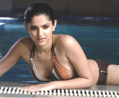 Deeksha Seth hot